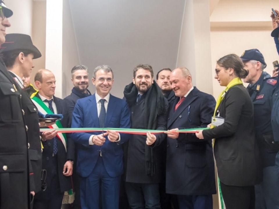 Sergio Costa con Salvatore Micillo inaugurazione